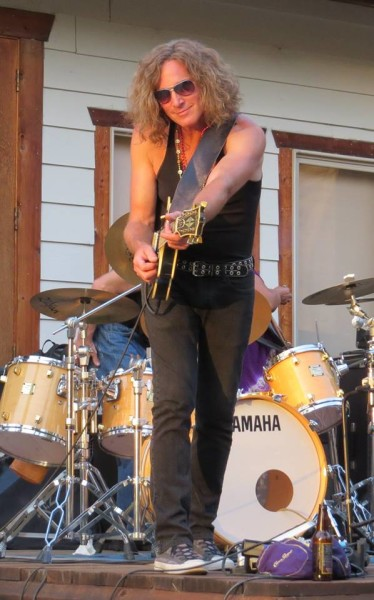 Mr. Sunshine, Jeffrey Walsh on guitar